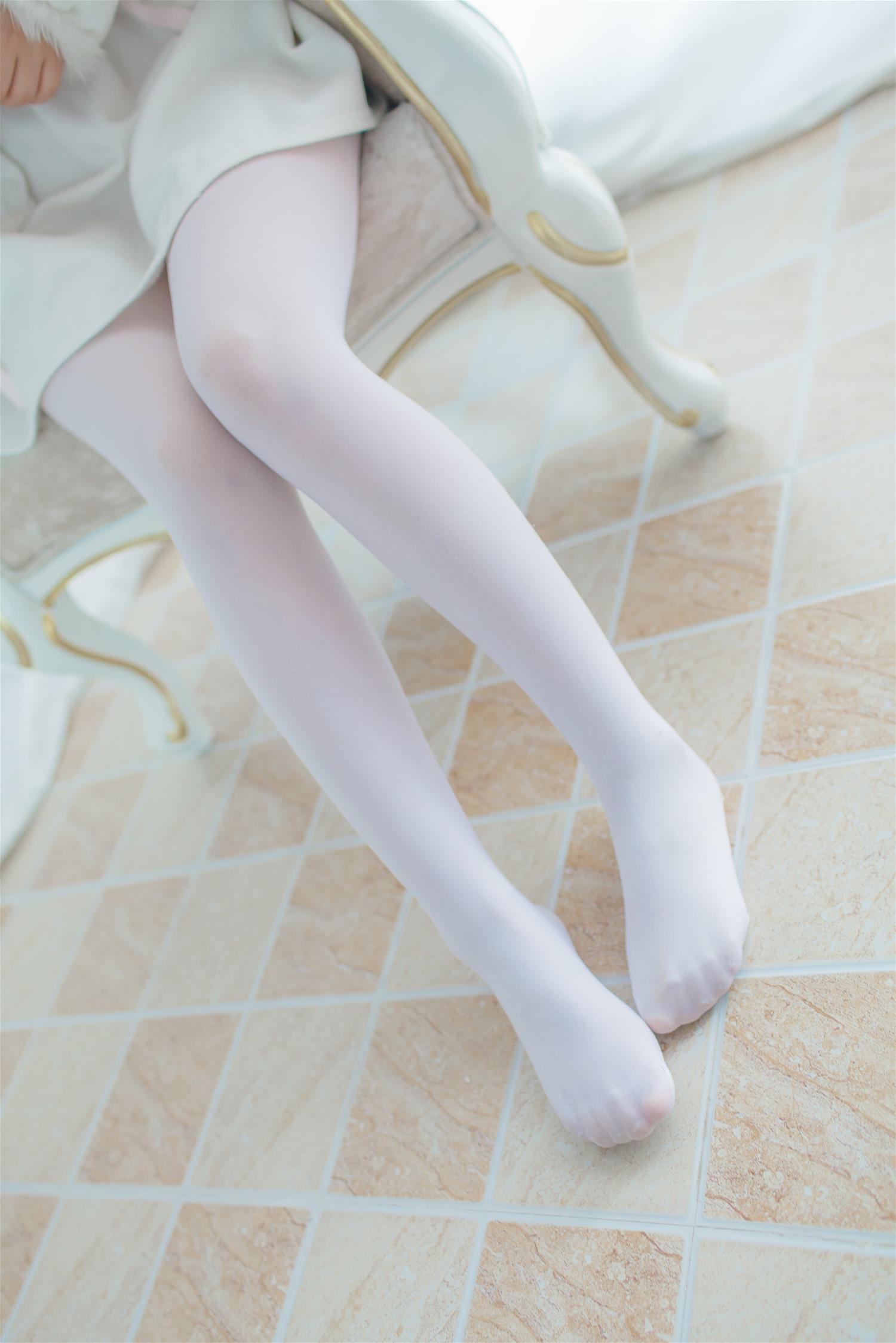 少女秩序 VOL.016 白色透着肉感 [49P-353MB] 少女秩序-第3张