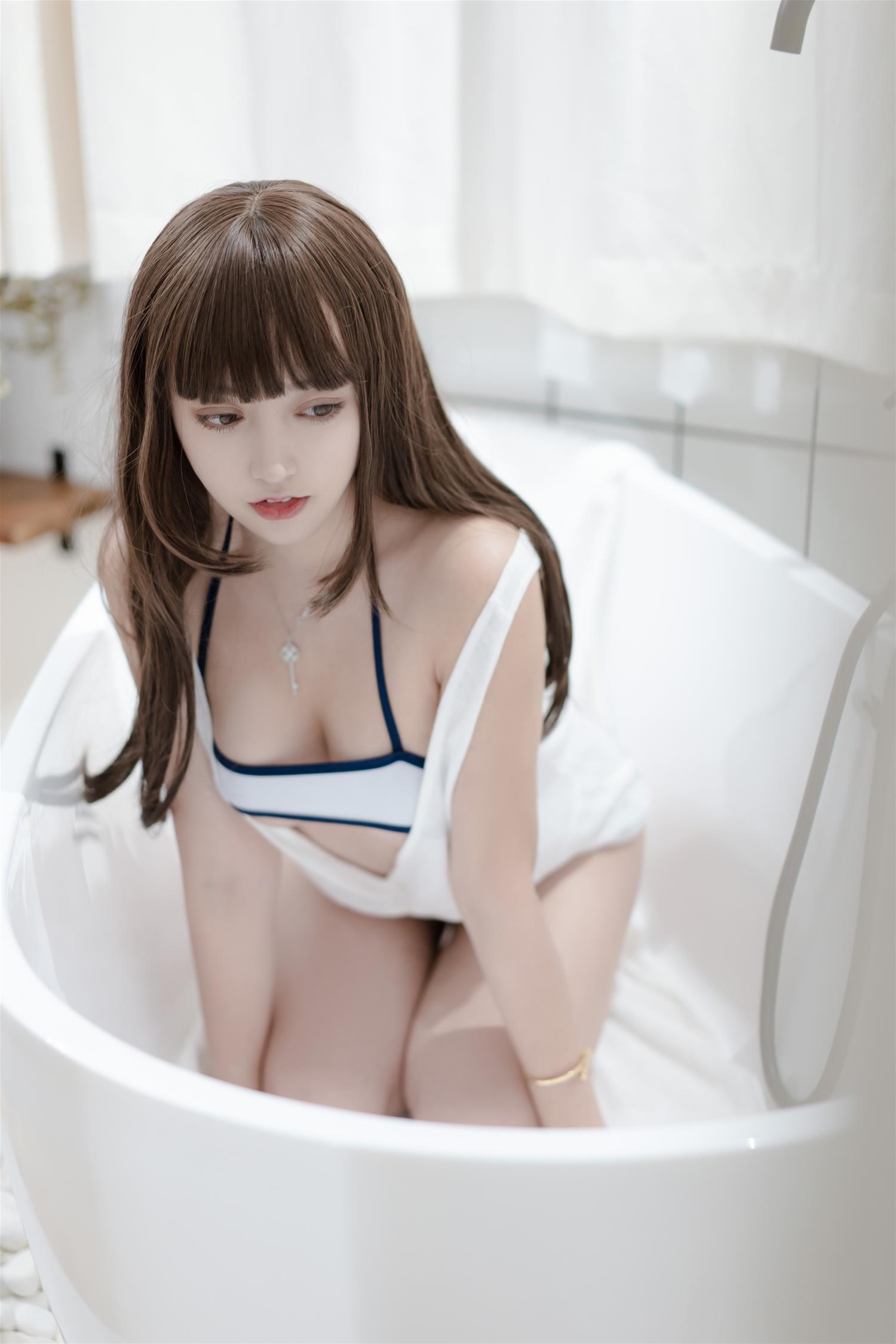 过期米线线喵 泳衣 [37P-57MB] 网红少女-第3张