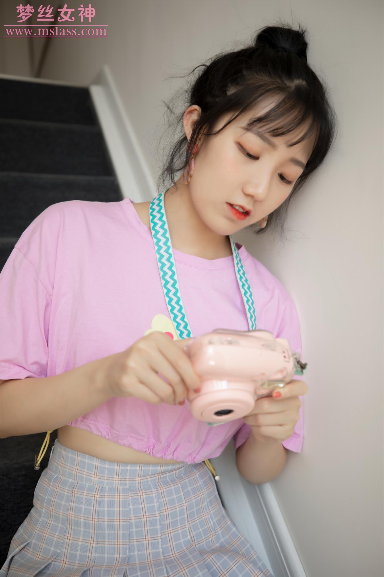 梦丝女神 2019.08.15 VOL.037 萤仙女 仙女下凡 [67P-438MB] 梦丝女神-第2张