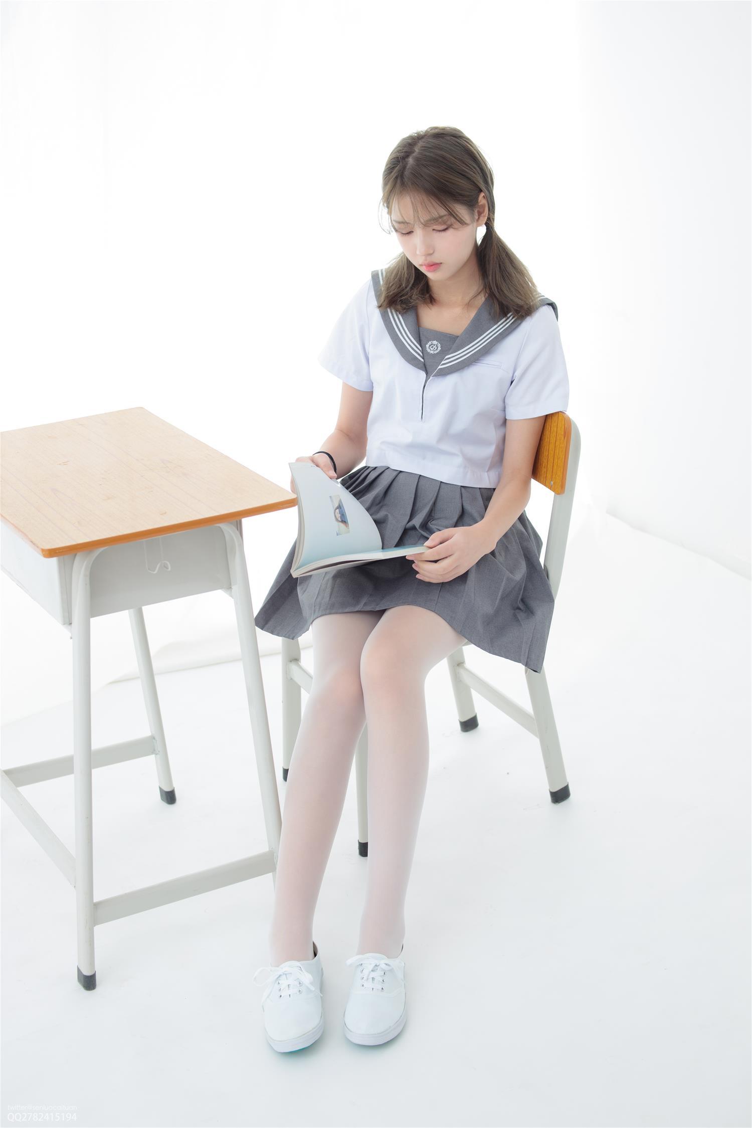 森萝财团 JKFUN-039 13D白丝网鞋合辑 默陌 [56P1V-1.93GB] 森萝财团-第3张