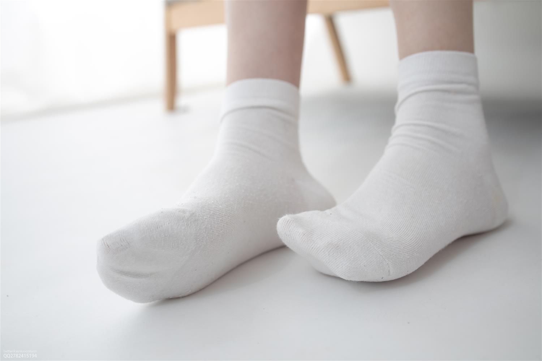 森萝财团 JKFUN-045 定制03 Aika 短棉袜 [27P1V-1.46GB] 森萝财团-第2张