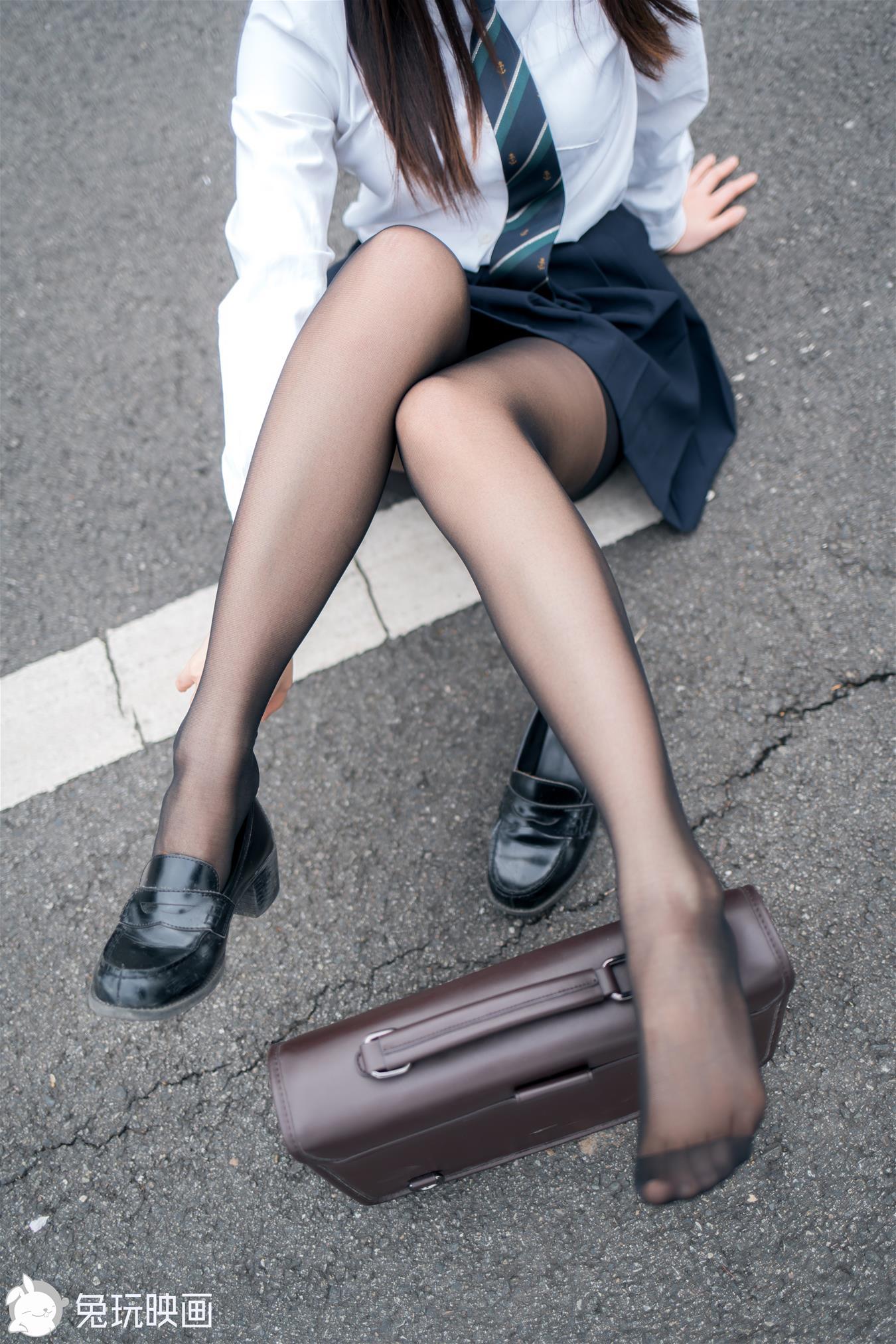 兔玩映画 黑丝制服少女 [37P-420MB] 兔玩映画-第2张